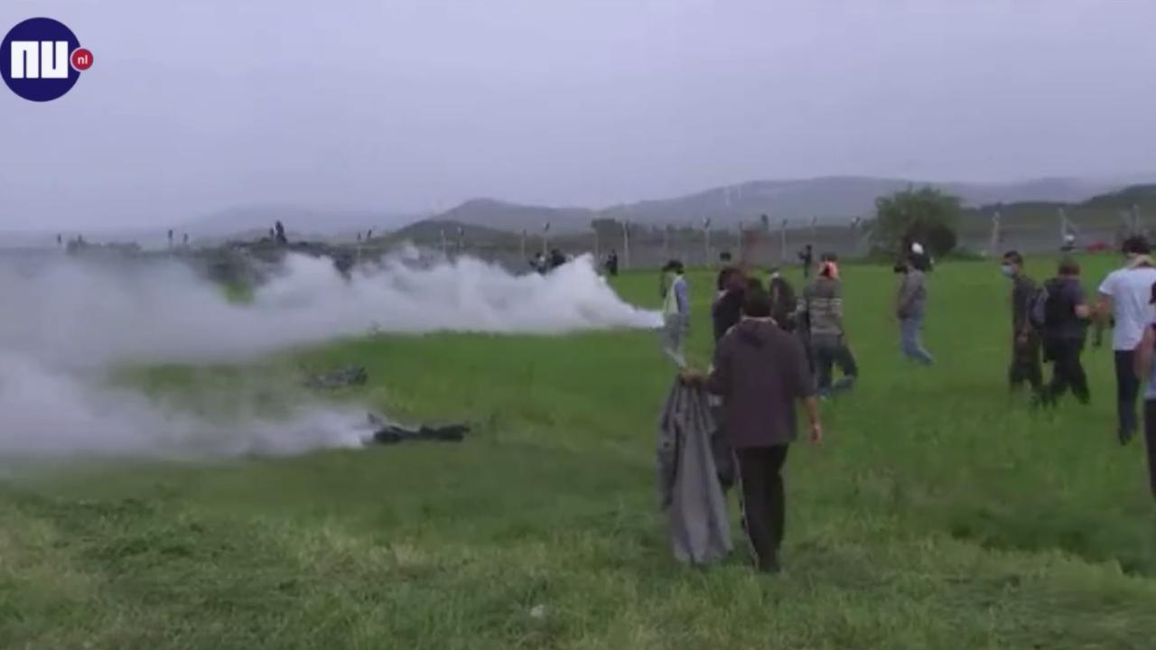 Macedonië gebruikt opnieuw traangas tegen migranten