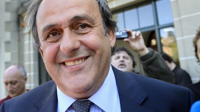 Geschorste Platini mag EK-wedstrijden bezoeken