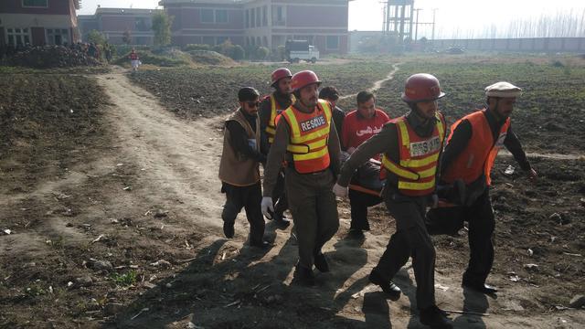 Tientallen doden bij aanslag op universiteit in Pakistan