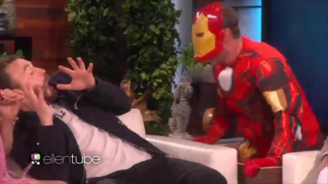 Ellen jaagt Chris Evans stuipen op het lijf