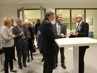 Inzet voor nieuw schoolgebouw en werk als dirigent beloond