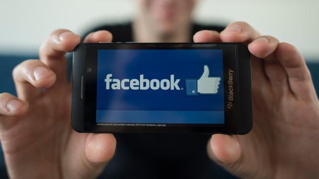 Facebook vraagt gebruikers om waarheidsgehalte van nieuws te beoordelen