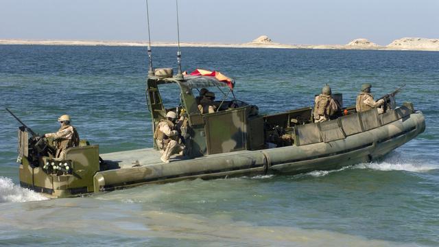Iran laat boten Amerikaanse marine weer gaan