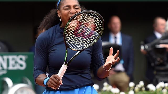 Serena Williams gaat Sharapova voorbij als grootverdiener