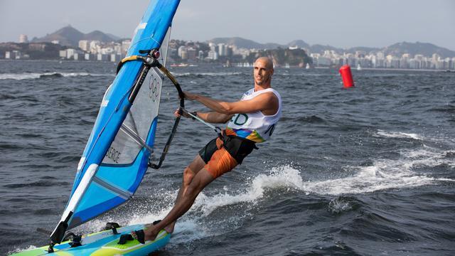 Nieuwsagenda: Dag 9 Olympische Spelen, studenten op 'elektrische wereldreis'