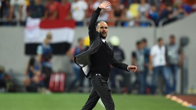 Guardiola lovend over spel City en 'grote persoonlijkheid' Agüero