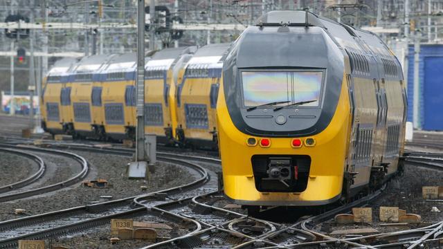 Elk kwartier een trein op traject Alphen-Gouda