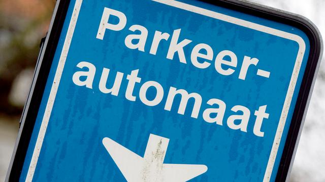 Vervanging parkeersystemen in Alphense centrum