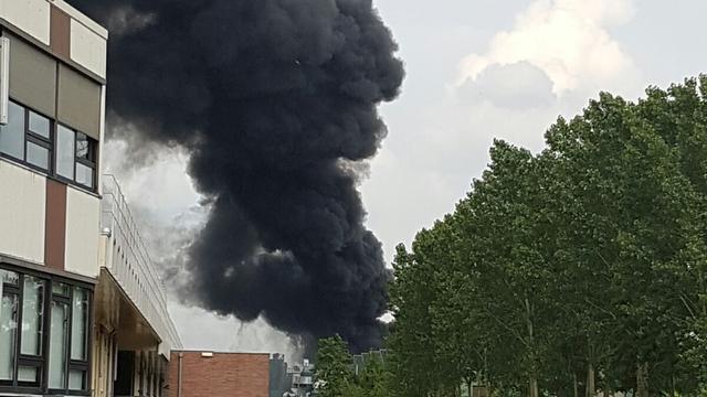 Twee gewonden bij grote brand ijzergieterij in Terborg
