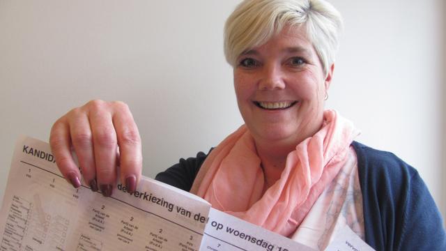 Chantal Dobbe maakt debuut als stembureauvoorzitter