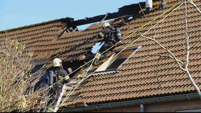 Meerdere huizen ontruimd wegens brand in Heerhugowaard