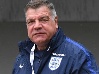 Britse krant overhandigt alle bewijzen aan FA en politie