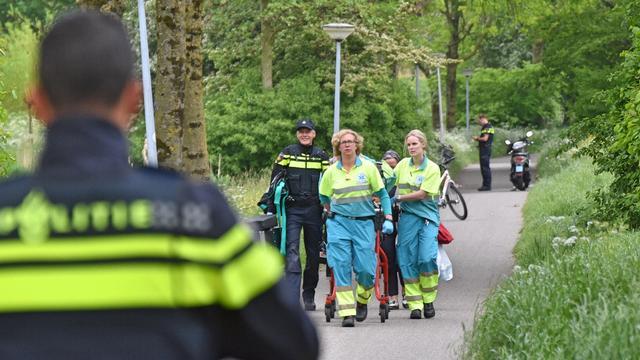 72-jarige fietser gewond na aanrijding met motoragent