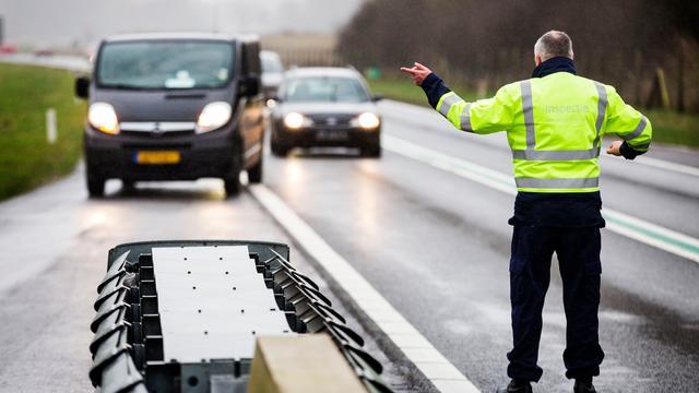 'Verkeer in Nederland onveiliger door gebrek aan handhaving'