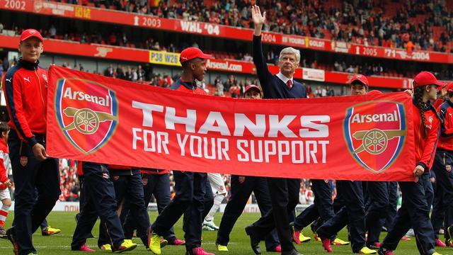 Wenger baalt van negativiteit over tweede plaats Arsenal