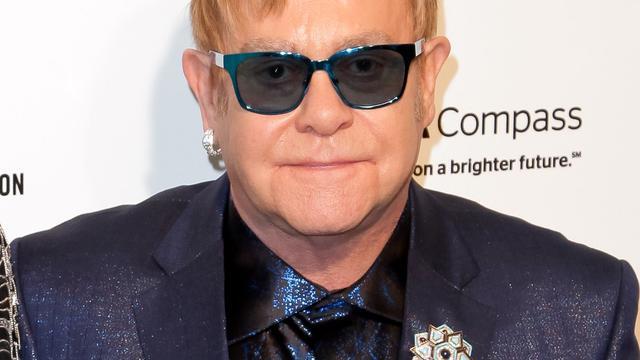 'Elton John aangeklaagd vanwege seksuele intimidatie'