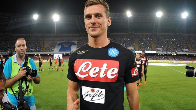 Milik verlaat Ajax definitief en tekent voor vijf jaar bij Napoli