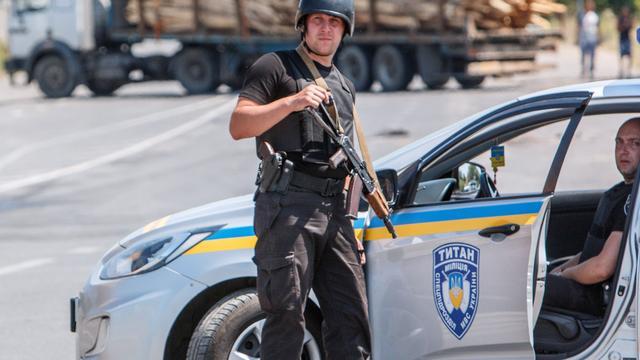 Hennis noemt situatie de Krim zorgelijk