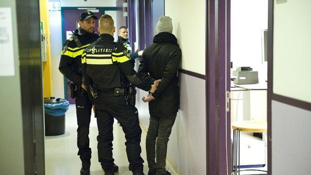 24-jarige Leidenaar aangehouden met nepvuurwapen