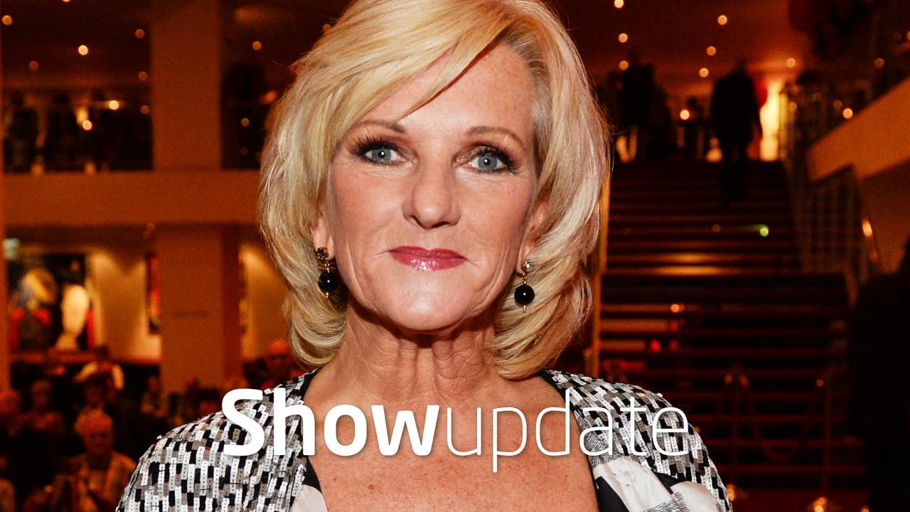 Show Update: Tineke Schouten gechanteerd door stiefzoon