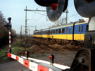 Spoorwegovergang Zevenbergen een uur lang dicht