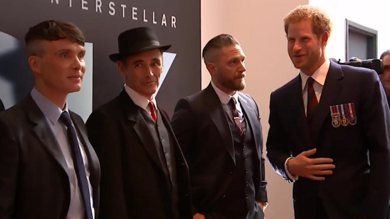 Prins Harry ontmoet cast van oorlogsfilm Dunkirk in Londen