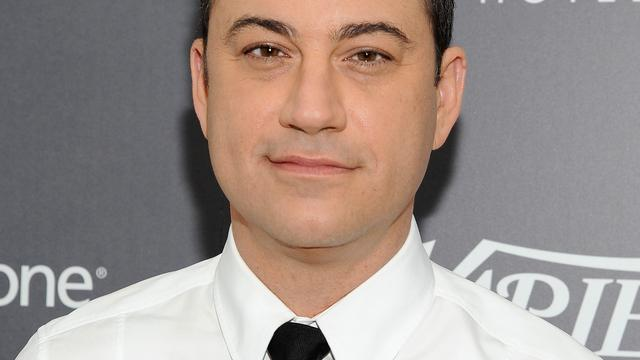 Jimmy Kimmel presenteert Emmy's in 2016