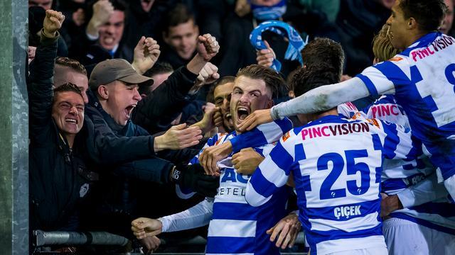 Eerste thuiszege De Graafschap, Janssen helpt AZ langs Roda JC