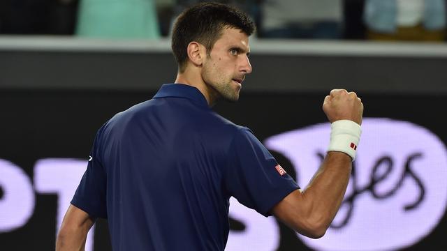 Djokovic zonder setverlies door, Berdych verslaat Kyrgios