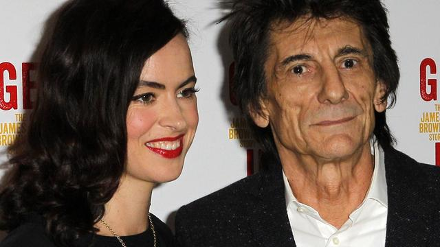 Tweeling The Rolling Stones-gitarist Ronnie Wood geboren