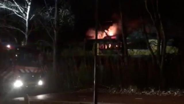 Geen gewonden bij brand in trein tussen Hengelo en Enschede