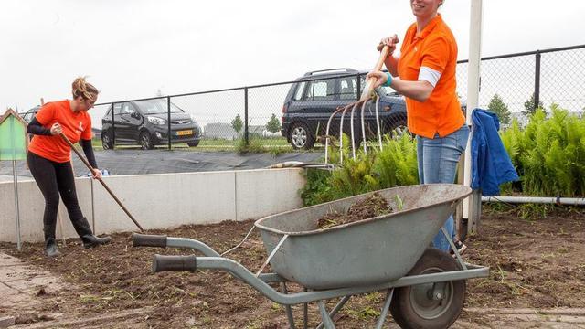 Zorgboerderij De Bremberg start Vriendentuin in Etten-Leur