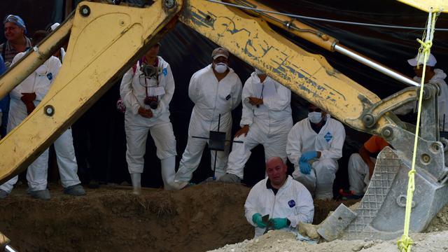 Mexico graaft 116 lichamen op uit eerder gevonden massagraf