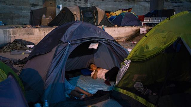 Vluchtelingenkamp Piraeus ontruimd