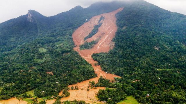 Weinig hoop op overlevenden aardverschuivingen Sri Lanka