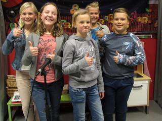 Evy-Janne, Ezra, Bregje, Denise en Izak allemaal in race voor titel