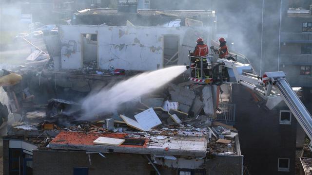 Eén dode na explosie in flatgebouw Veendam