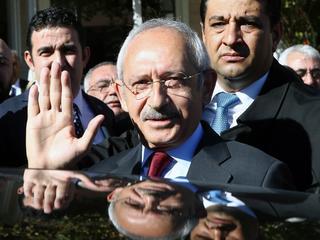 Grootste oppositiepartij CHP zegt dat grenzen zijn overschreden