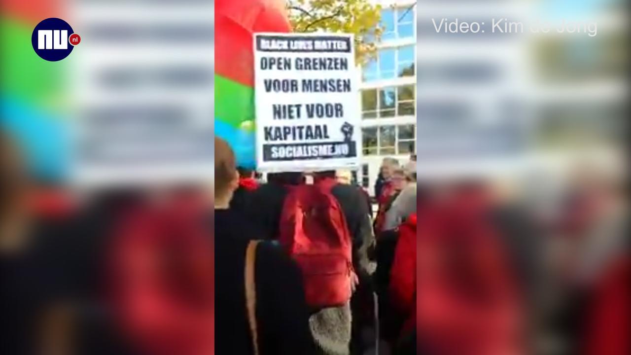 Demonstratie tegen CETA en TTIP in Amsterdam