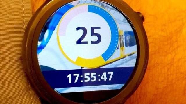 ProRail en NS testen smartwatch-app voor conducteurs