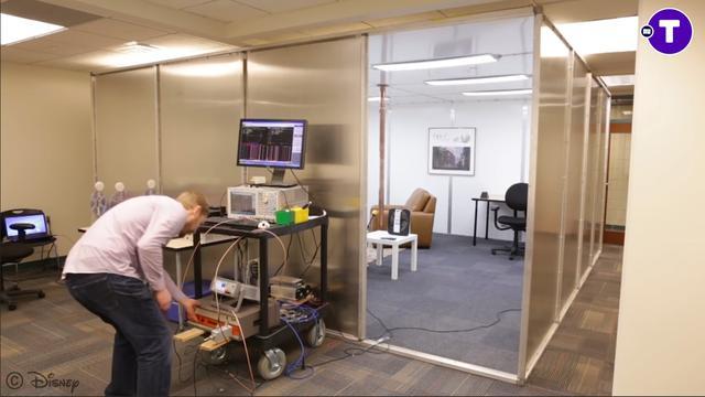 Draadloze oplaadkamer gebruikt elektromagnetische straling