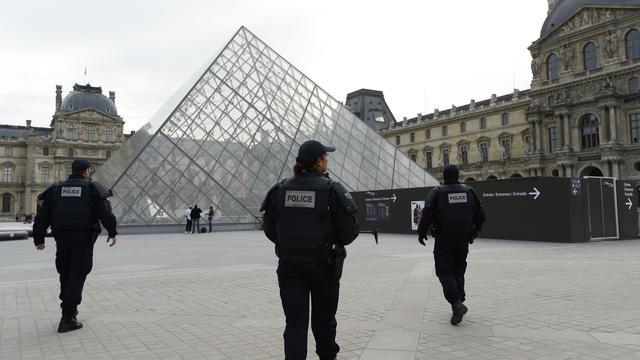 Noodtoestand Frankrijk opnieuw met drie maanden verlengd