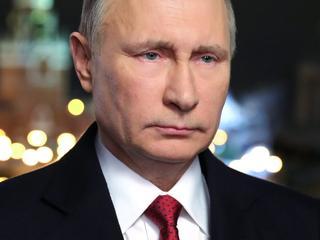 Michael Fallon vindt dat NAVO vuist moet maken om Rusland af te schrikken