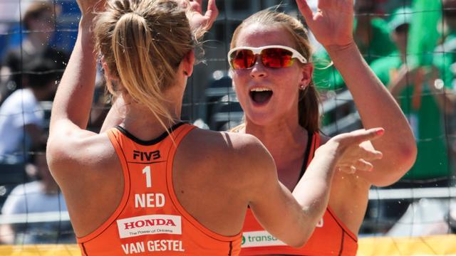 Nederlandse beachvolleybalsters ronde verder richting Spelen