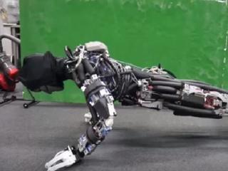 Robot zweet op dezelfde manier als het menselijk lichaam dat doet
