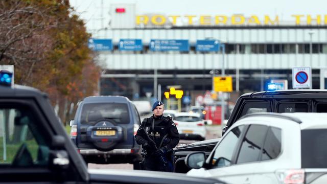 Man aangehouden om mogelijke terreurdreiging vliegveld Rotterdam