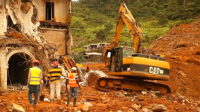 Hulpverleners bergen honderden lichamen in Sierra Leone na modderstroom