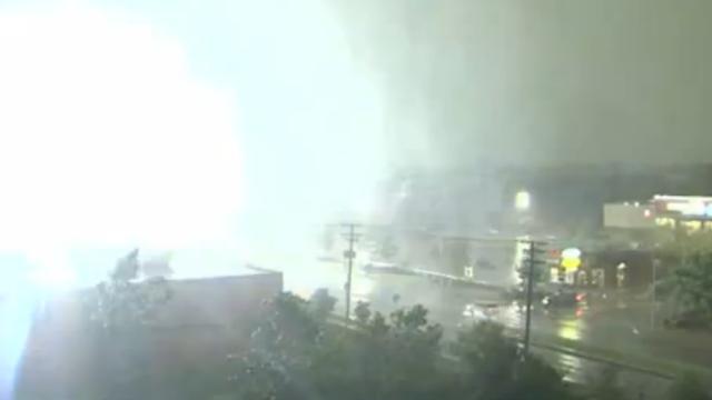 Elektriciteit valt uit na blikseminslag in Canada