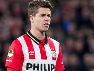Middenvelder van Ajax kampt met lichte knieklachten