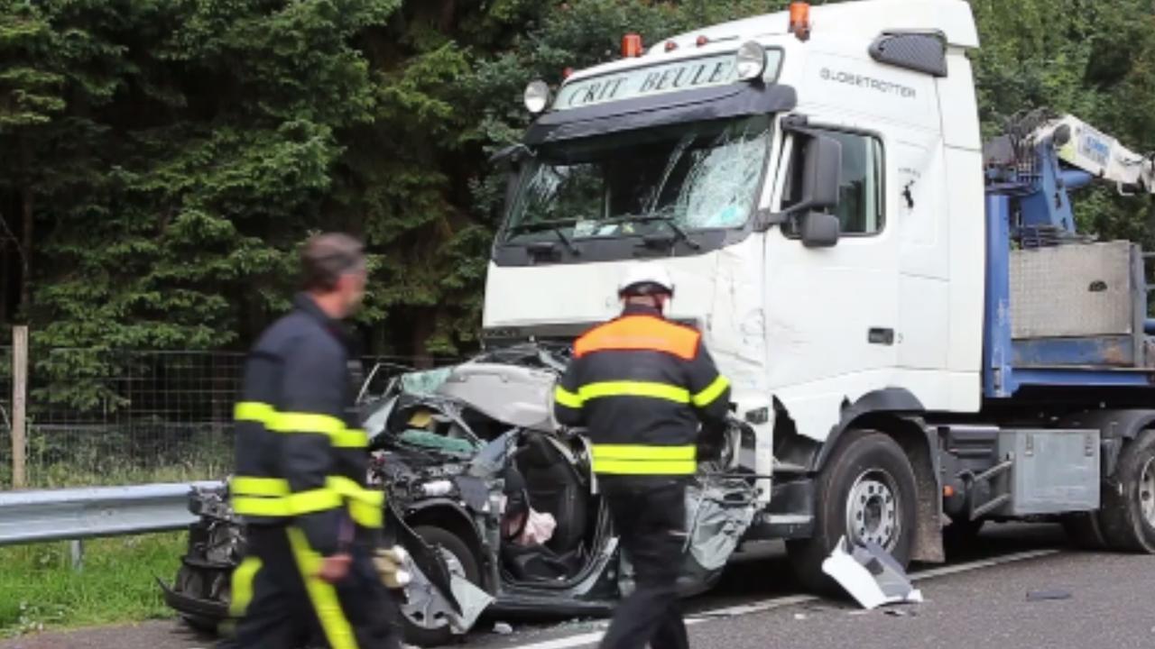 Gewonden nadat vrachtwagen op file inrijdt op A58